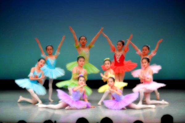 赤いくつバレエ教室
